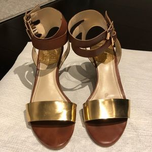 Vince Camuto brown & gold scandal
